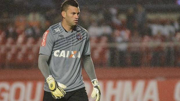 Goleiro Weverton, do Atlético-PR (Foto: Site oficial do Atlético-PR/Divulgação)