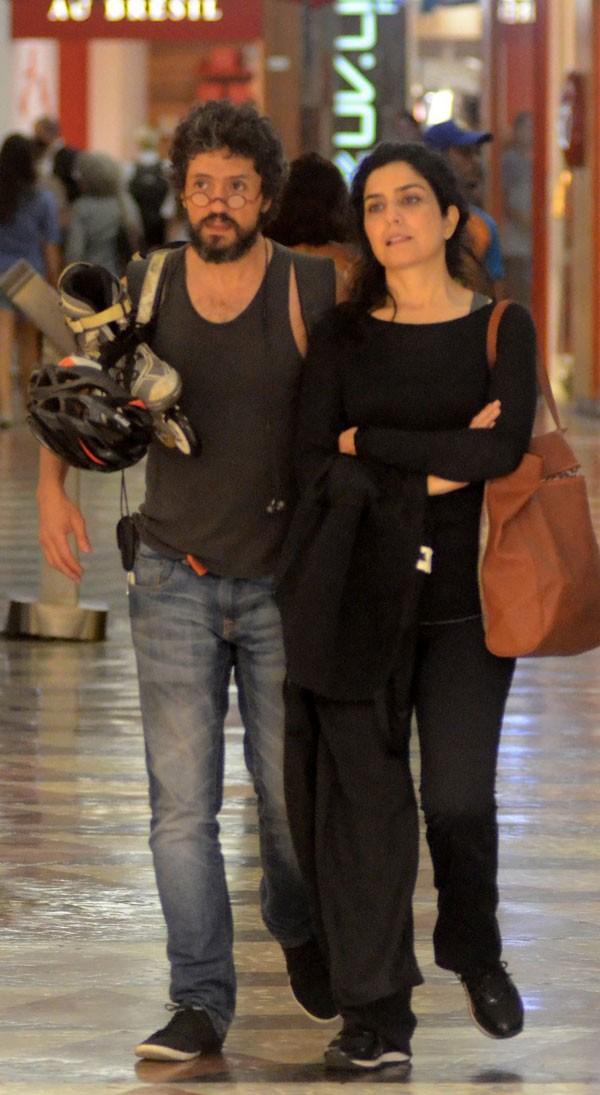 Letícia Sabatella e marido (Foto: Reprodução)