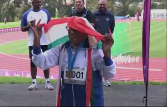 """""""Trago felicidade comigo"""", diz indiana de 101 anos após ouro nos 100m rasos"""