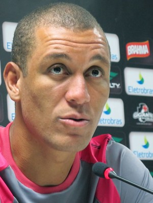 Eduardo Costa coletiva Vasco (Foto: Gustavo Rotstein / Globoesporte.com)