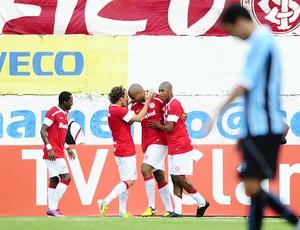 Moledo comemora gol no Gre-Nal em Caxias (Foto: Divulgação / AI Internacional)