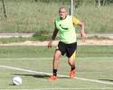"Raphael Silva tem receita para frear Rentería: ""Deixar longe da nossa área"""