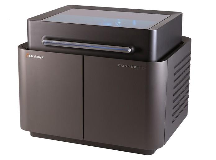 Connex500 era capaz de utilizar dois materiais diferentes para a impressão (Foto: Reprodução/HK 3D Printing)