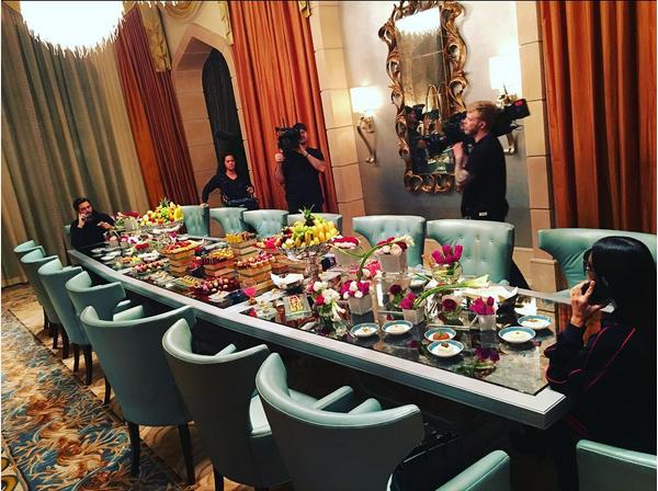 Kim Kardashian e Scott Disick em Dubai (Foto: Instagram)
