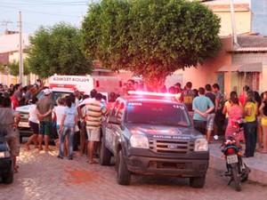 Irmãos teriam discutido na casa onde moram com a família em Mossoró (Foto: Marcelino Neto/O Câmera)