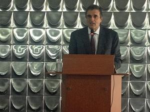 O ministro da Justiça, José Eduardo Cardozo, se reuniu nesta quarta-feira com dirigentes da OAB (Foto: Lucas Salomão / G1)