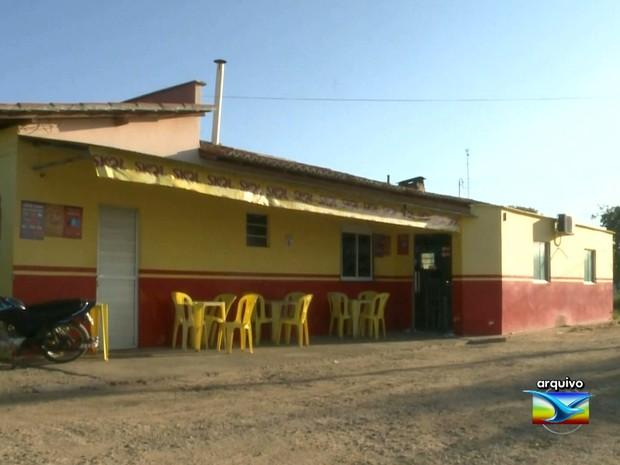 Roubo de equipamentos ocorreu em um restaurante de Anapurus (MA) (Foto: Reprodução / TV Mirante)