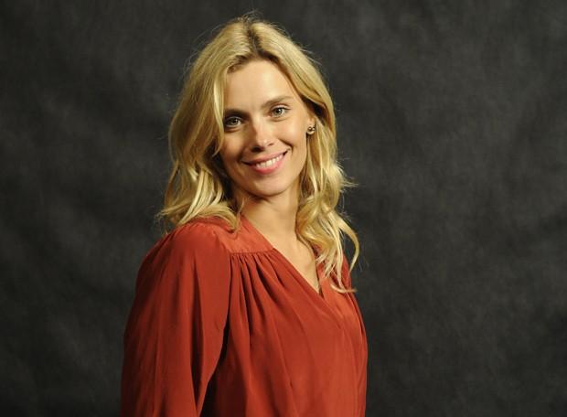 Visagista analisa traços de Carolina Dieckmann (Foto: TV Globo/Renato Rocha Miranda)