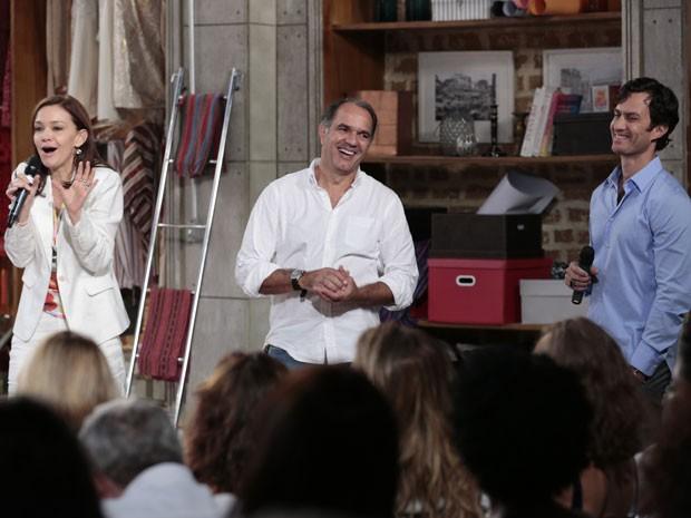 Trio protagonista se diverte na conversa com os jornalistas (Foto: Felipe Monteiro/TV Globo)