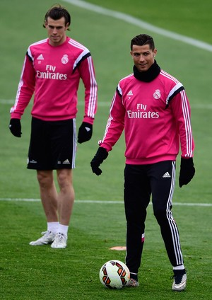 Bale e Cristiano Ronaldo (Foto: AFP)