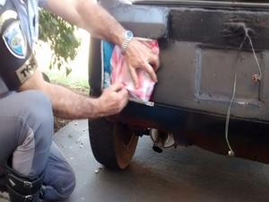 Produtos estavam na lataria e fundos falsos do veículo (Foto: Polícia Rodoviária/ Divulgação)