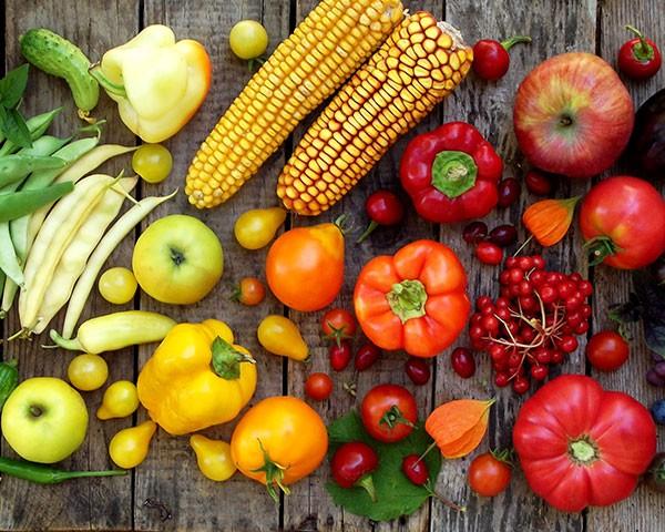 Saiba quais alimentos ajudam a deixar a pele iluminada (Foto: Thinkstock)