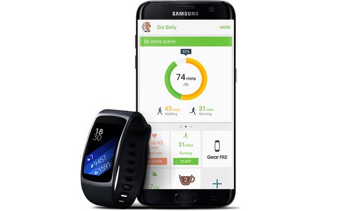 Gear Fit 2 tem integração com aplicativos Fitness (Foto: Divulgação/Samsung)