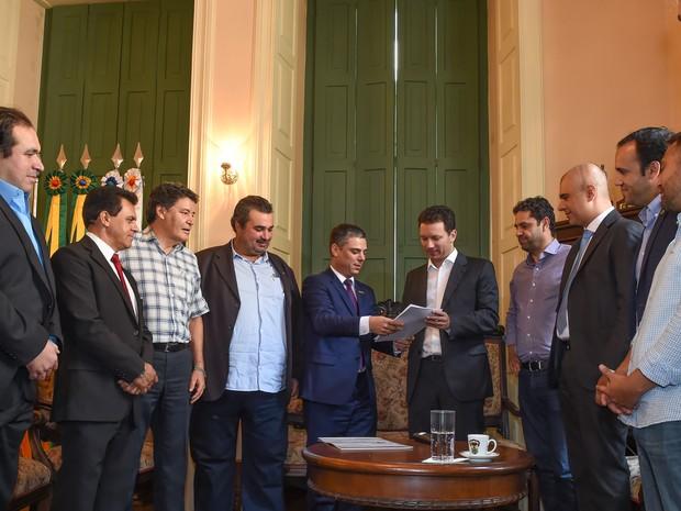 Nelson Marchezan Junior (PSDB) recebeu projeto aprovado na Câmara de Vereadores (Foto: Tonico Alvares/CMPA)
