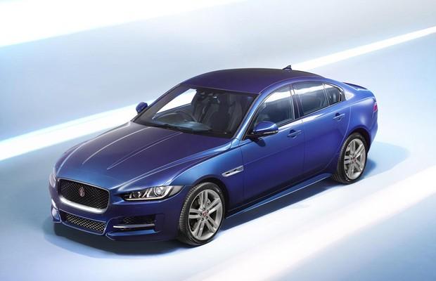 Jaguar XE 2015   (Foto: Divulgação)