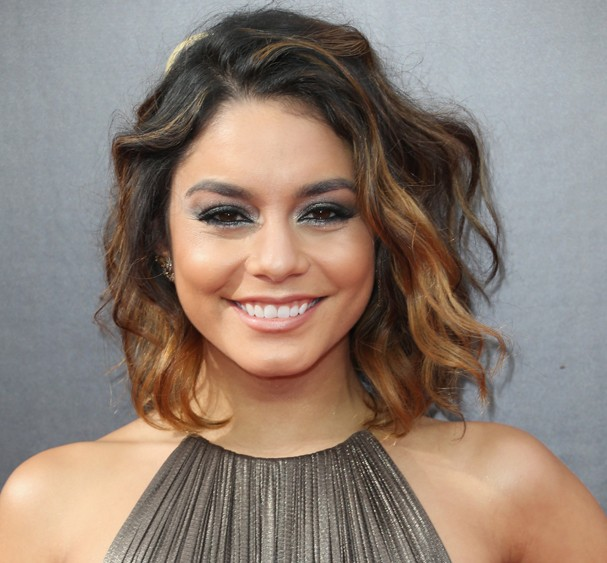 LOS ANGELES, CA - SEPTEMBER 11:  Actress Vanessa Hudgens attends the 2016 Creative Arts Emmy Awards at Microsoft Theater on September 11, 2016 in Los Angeles, California.  (Photo by Frederick M. Brown/Getty Images) (Foto: Getty Images)