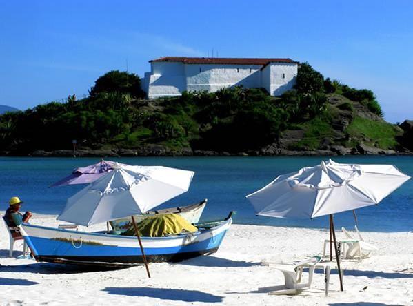 Praia do Forte, principal cartão postal de Cabo Frio. (Foto: Marcos Homem)