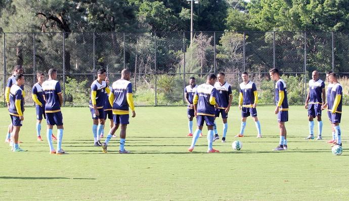 treino do macaé no ct da ponte preta, campinas (Foto: Tiago Ferreira / Macaé Esporte)