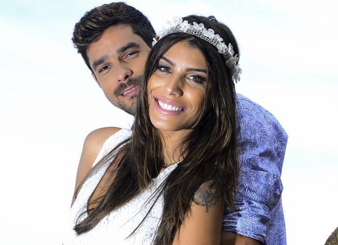 Fran e Diego fazem ensaio fotográfico para o blog de casamento  (Foto: Léo Braga/Divulgação)