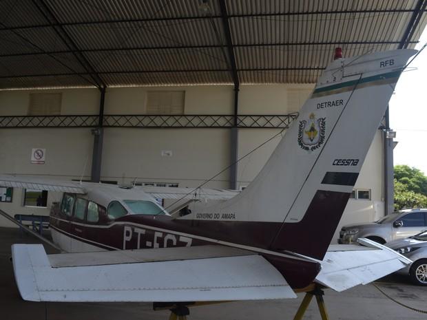 Aeronave está sem uso pela prefeitura de Macapá desde o ano de doação (Foto: Abinoan Santiago/G1)