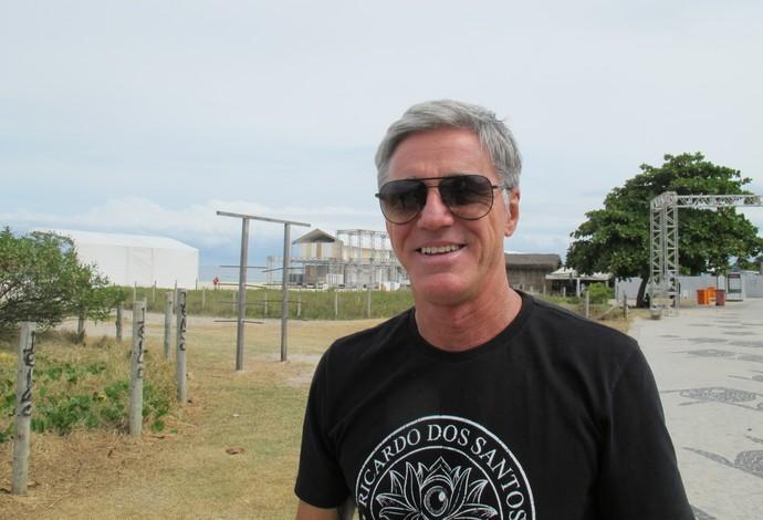 Um dos organizadores da etapa brasileira, Xande Fontes participou da vistoria no palco principal, na altura do Postinho, na Barra da Tijuca (Foto: Carol Fontes)