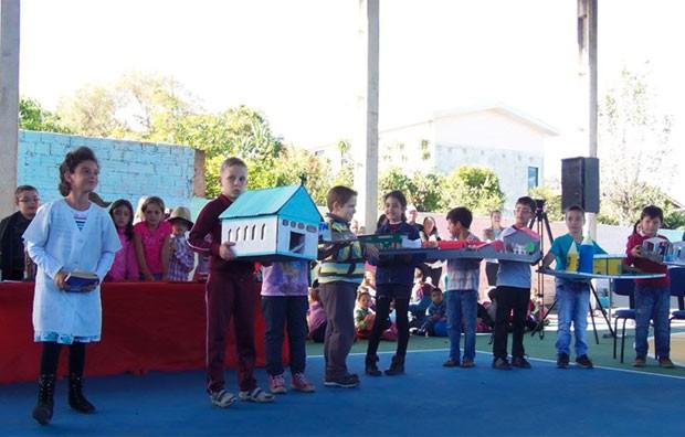 d3568e9f58f0f Rede Globo   Televisando - Prática pedagógica esclarece aos alunos a ...