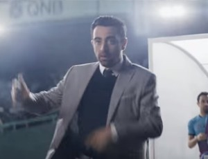 BLOG: Xavi vive dia de Guardiola em comercial no Catar