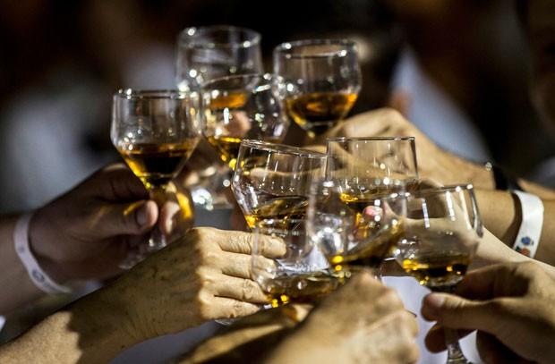 313 pessoas provaram a bebida em Cartagena (Foto: Joaquin Sarmento/AFP)