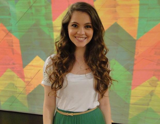 Cecília Dassi nos bastidores do Encontro (Foto: Encontro com Fátima Bernardes/TV Globo)