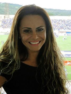 Viviane Araújo, noiva do meia Radamés jogo Cruzeiro (Foto: Marco Antônio Astoni)