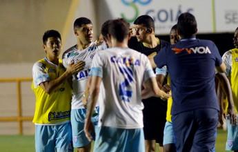 Avaí segura pressão do Vila, vira no fim e iguala a pontuação do Vasco no G-4