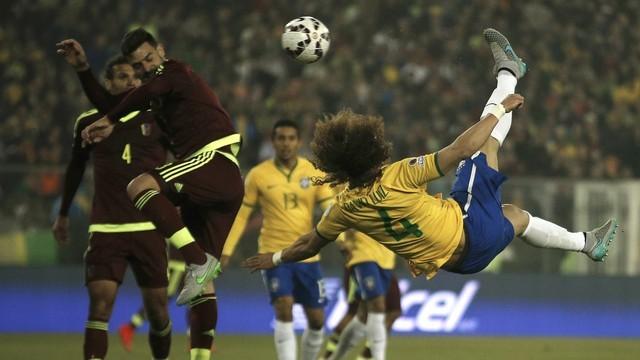 Brasil enfrenta Venezuela, logo após a Lei do Amor (Foto: Reprodução: Globoesporte.com)