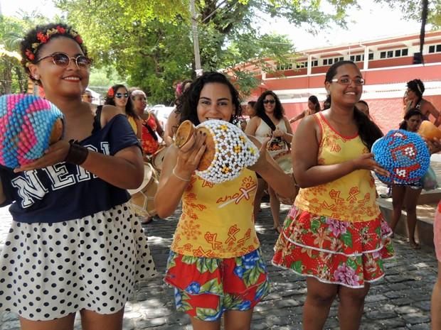 Grupo percussivo formado por mulheres comemora 10 anos em 2015 (Foto: Katherine Coutinho / G1)