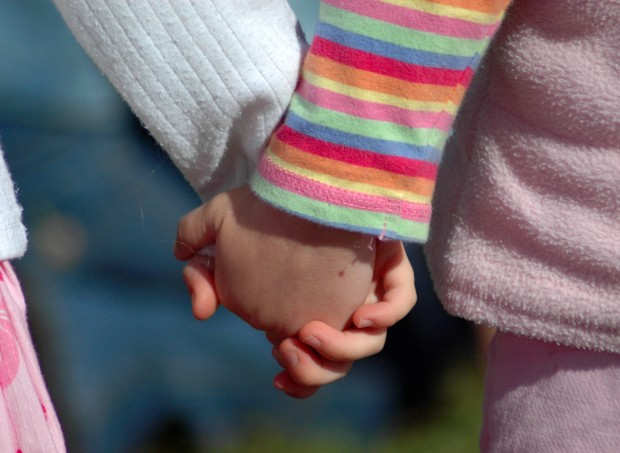 Pesquisa com crianças e deficientes (Foto: Shutterstock)