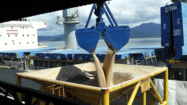fertilizante-importação-porto (Foto: Ivan Bueno/Divulgação)