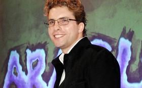 Thiago Fragoso interrompe gravação para acompanhar nascimento do filho
