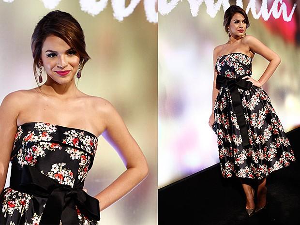 Bruna Marquezine, linda, na festa de lançamento de 'Em Família' (Foto: Inácio Moraes/TV Globo)