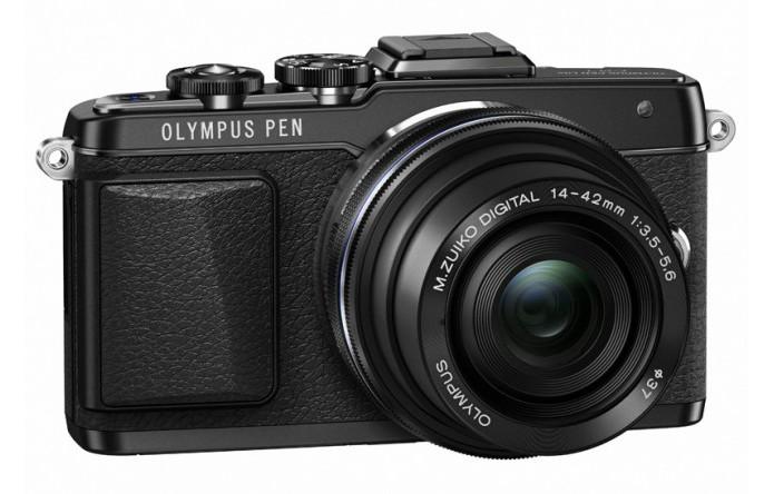 Câmera possui tela móvel para ajudar usuário a fazer selfie (foto: Reprodução/Olympus) (Foto: Câmera possui tela móvel para ajudar usuário a fazer selfie (foto: Reprodução/Olympus))