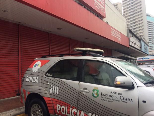 Homem é assassinado dentro de loja no Centro de Fortaleza (Foto: João Pedro Ribeiro/TV Verdes Mares)
