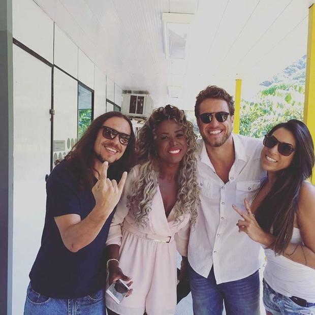 Tamiel, Adélia, Daniel e Juliana (Foto: Reprodução / Instagram)