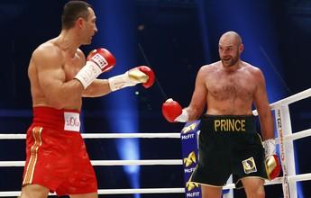 """Após declarações, Wladimir Klitschko compara Fury a Hitler: """"É um imbecil"""""""
