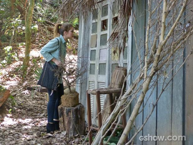 Anita vai até a cabana (Foto: Malhação / Tv Globo)