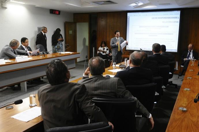 MP do Futebol apresentação relatório Otávio Leite (Foto: Edilson Rodrigues / Agência Senado)