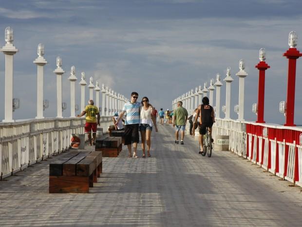 Espigão na Praia de Iracema é visitado por visitantes e moradores de Fortaleza. (Foto: Prefeitura de Fortaleza/Divulgação)