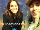 Neymar posta foto com Bruna Marquezine e o filho: 'Cineminha'