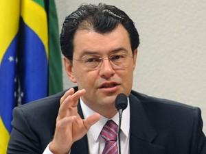O senador Eduardo Braga (PMDB-AM), novo líder do governo no Senado (Foto: Wilsom Dias/ABr)