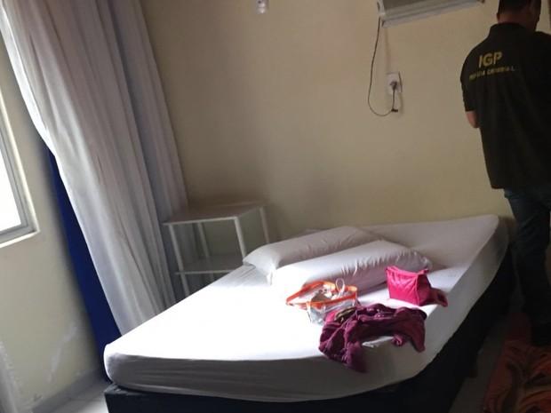 Somente os quartos não eram vigiados na casa de prostituição em Florianópolis (Foto: Polícia Civil/Divulgação)