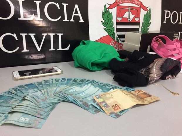 Dos R$ 13 mil levados da casa dos idosos foram recuperados R$ 2.750 (Foto: Polícia Civil/Cedida)