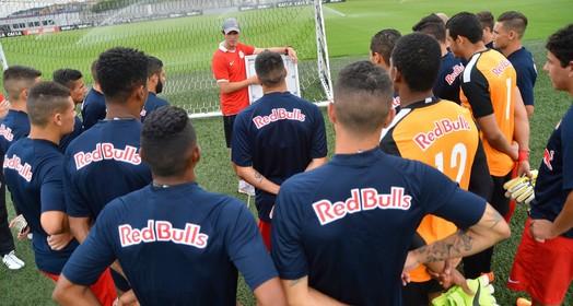no papel (Mauro Horita / Red Bull Brasil)