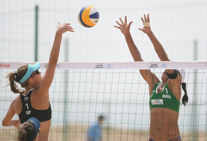 vôlei de praia Juliana (Foto: FIVB)